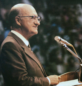 cleon-skousen-speaking